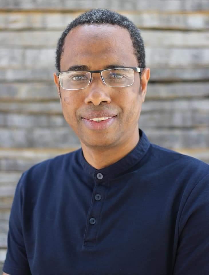 Culture : Le guinéen Souleymane Bah «Thia'nguel» remporte le prix RFI Théâtre 2020